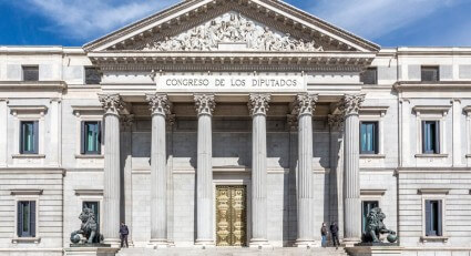 Investors maintain confidence in the measures adopted by the Spanish Government