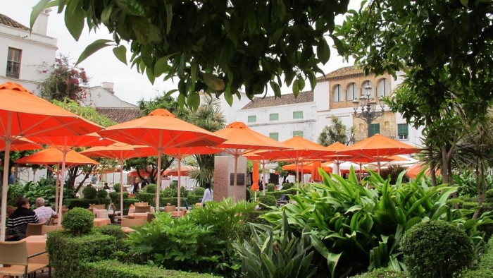 Start your day on Plaza de los Naranjos Spanish Home - Spain propety experts