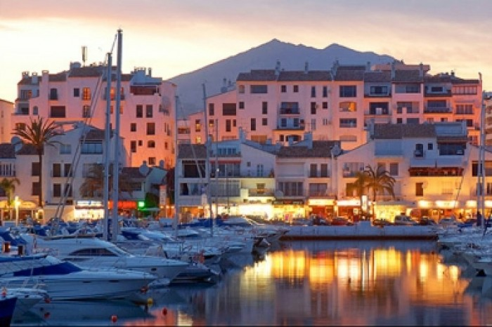 End the Day at Puerto Banús Marina Spanish Home - Spain propety experts